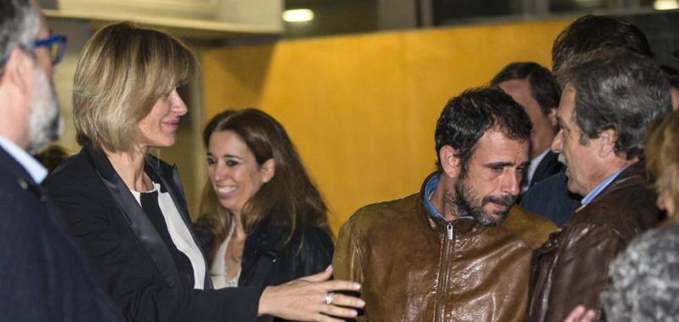 Susanna Griso, desolada en el funeral de su madre: ya ha vuelto a 'Espejo Público'