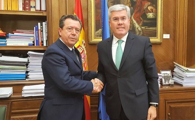 Fernández de Moya traslada al alcalde de Linares su apuesta por una colaboración institucional en torno a la ITI