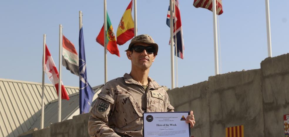 El militar español que ha sido el 'héroe de la semana' en la misión internacional contra Daesh