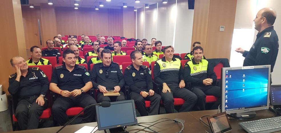 Más de 30 policías locales se forman en detección de consumo de alcohol y drogas en conductores