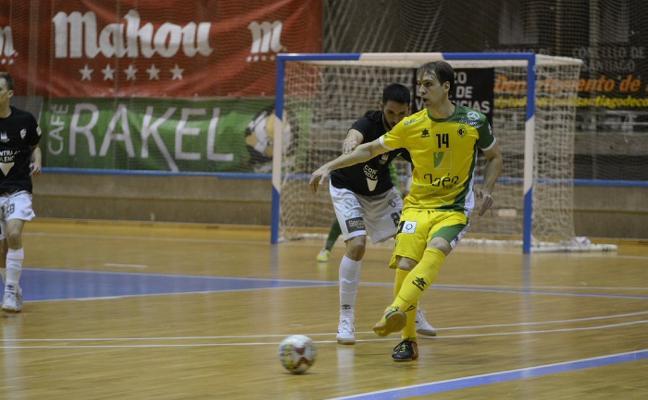 El Jaén FS rompe el maleficio de Santiago