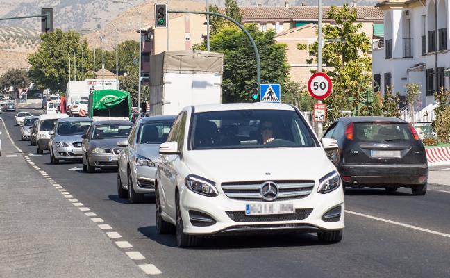 La 'autovía' de Córdoba cumple quince años en los papeles y un solo tramo en construcción