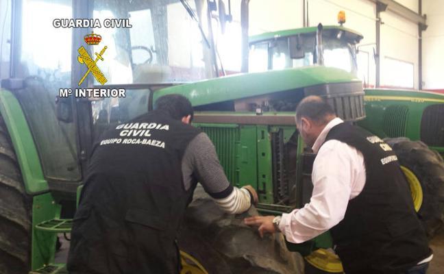 Localizan en Jaén dos tractores robados