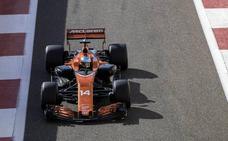 Alonso sufre un accidente, pero acaba satisfecho la primera jornada de test