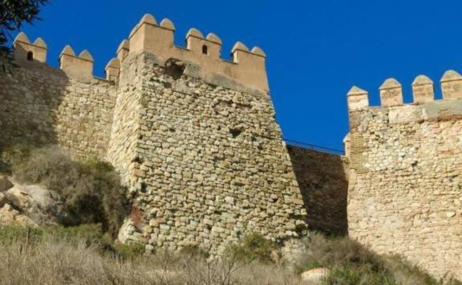 Empieza la restauración del bastión Sur de La Alcazaba