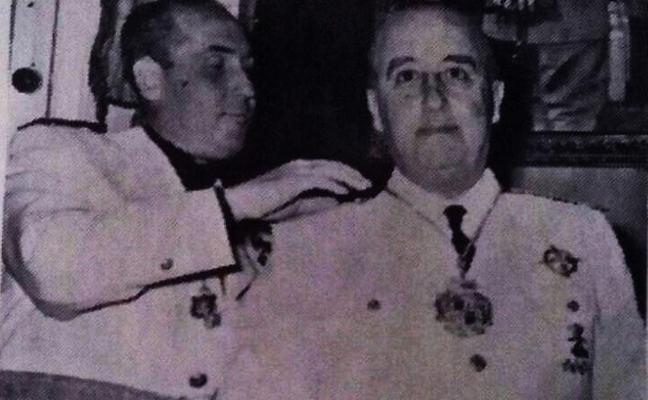 Almadén retira a Franco los honores y la medalla concedidos en 1953