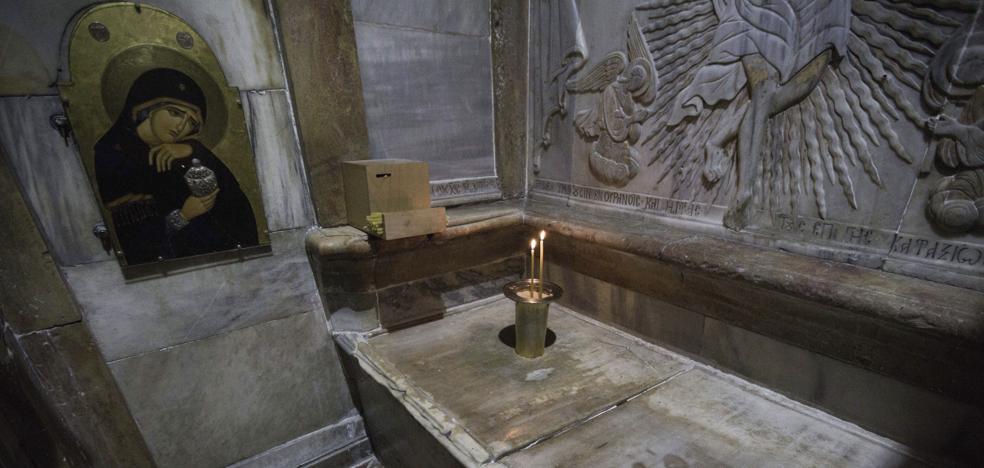 Un estudio confirma que el sepulcro de Jesús de Nazaret lo construyeron los romanos cuatro siglos después