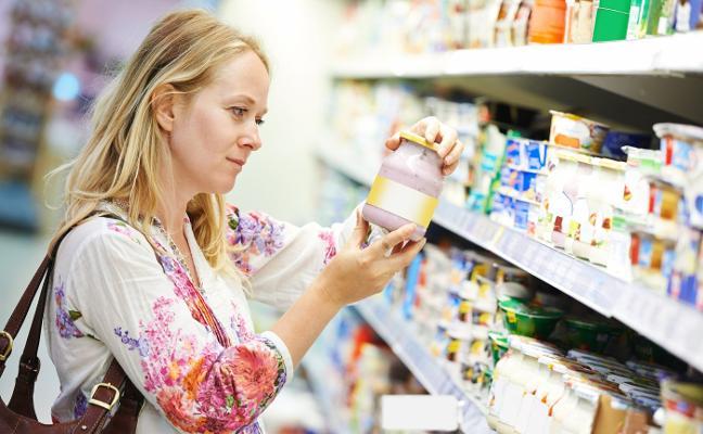 Ojo al semáforo que vas a tener que leer en las etiquetas de lo que compras