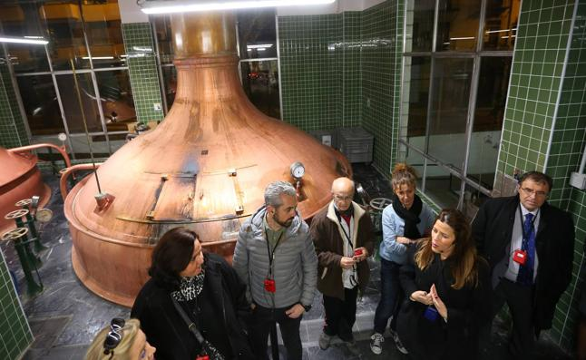 Las entrañas y secretos de Cervezas Alhambra, al descubierto