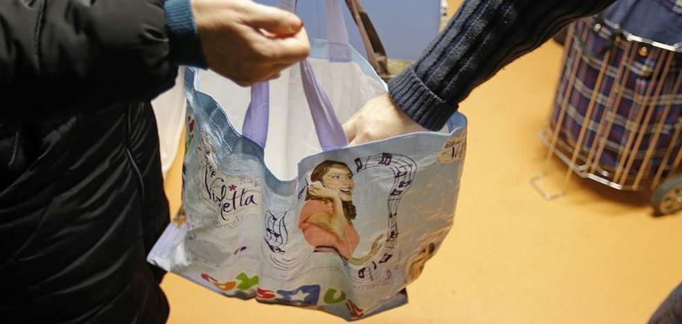 Vendían productos del Banco de Alimentos en mercadillos de Almería