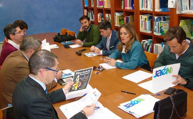 El Ayuntamiento pone a disposición de los hoteles de Jaén 400 dorsales para la Carrera de San Antón
