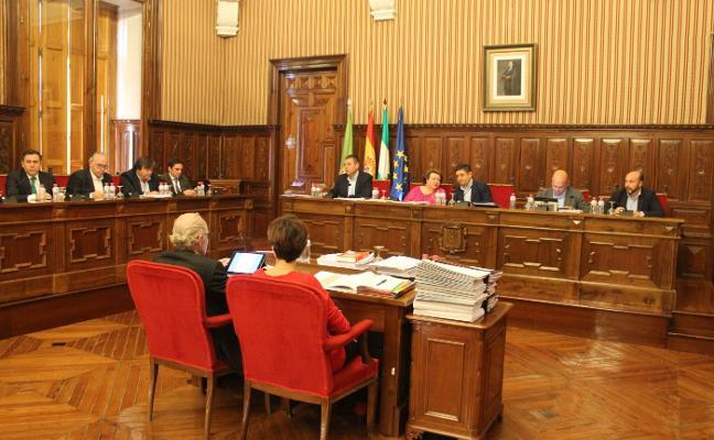 El pleno de Diputación aprueba un presupuesto para 2018 de 234 millones, una subida del 4,4%