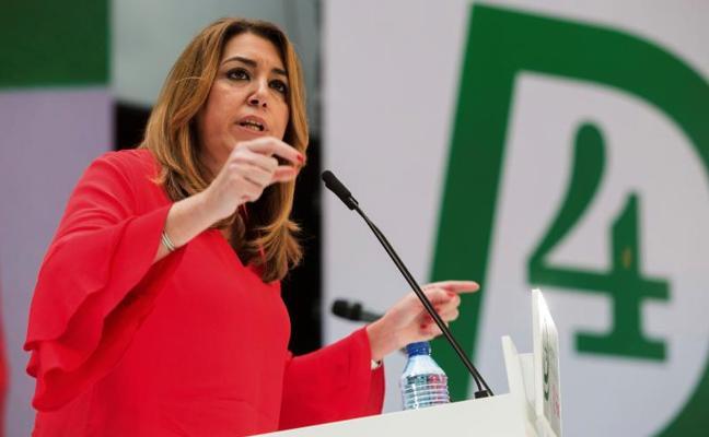 """Susana Díaz pide una reforma de la Constitución """"sin privilegios"""" con motivo del 4-D"""