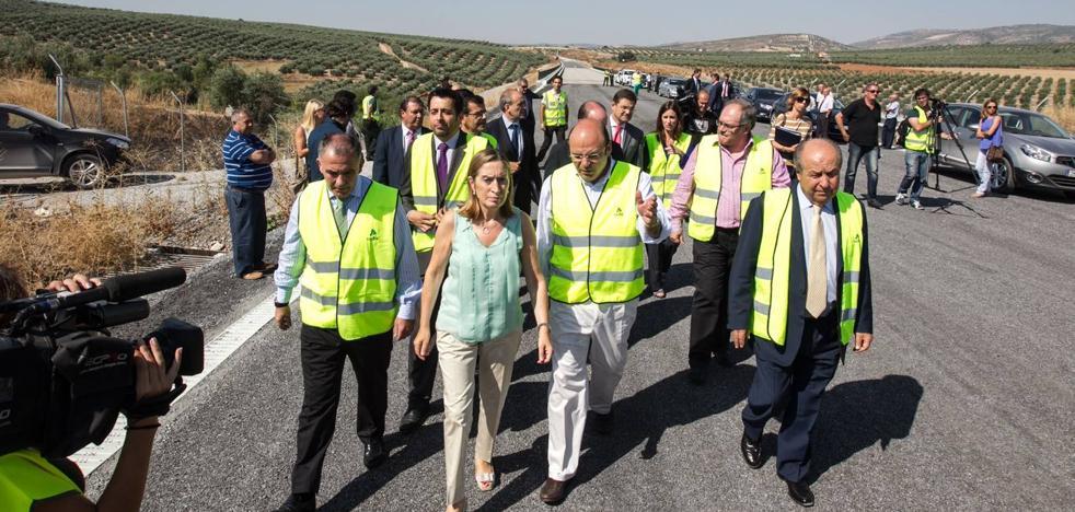 Junta y Diputación critican que Fomento «vuelva a despreciar a Granada con el AVE»