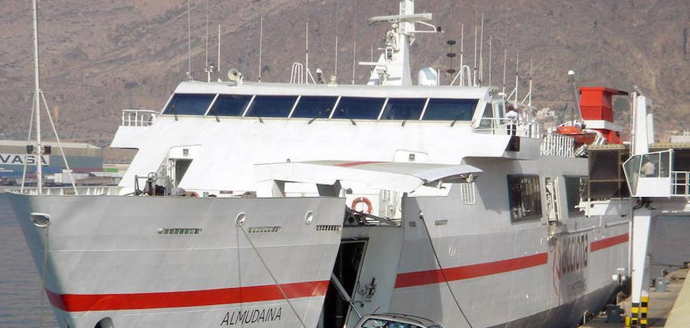 Se reanuda la conexión marítima con Melilla tras chocar el ferry