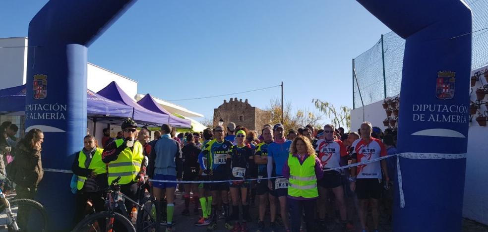 Tahal recibe a un centenar de corredores