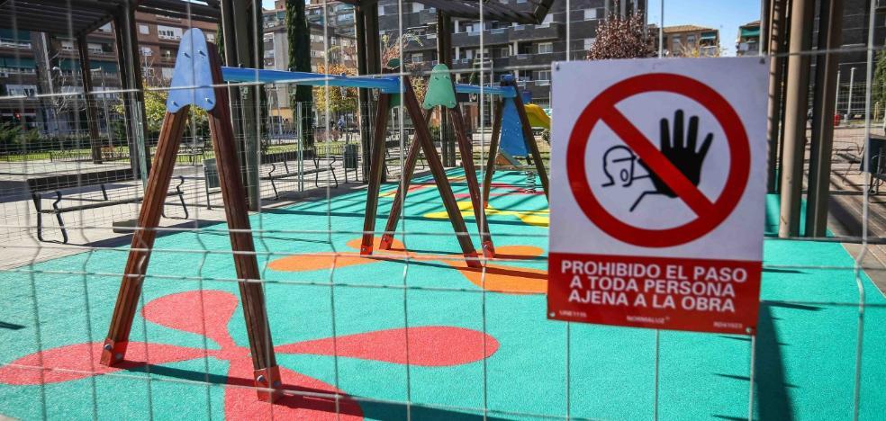 Reforman los parques infantiles que llevaban 6 meses cerrados por incumplir la normativa