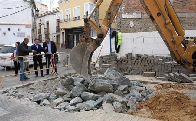La Diputación invierte 150.000 euros en la mejora de la red de abastecimiento de agua de Olula del Río