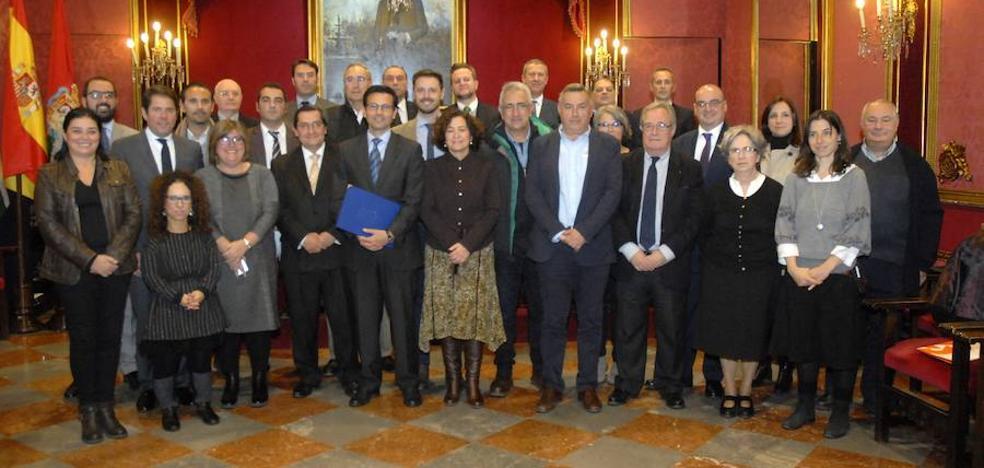 Granada impulsa un Pacto por el Empleo para generar un cambio en el modelo productivo