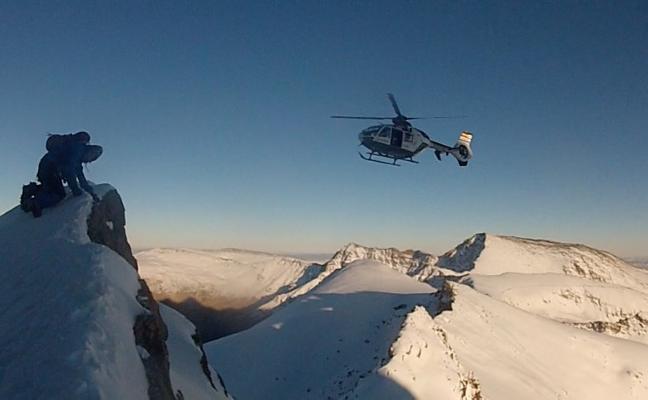 Tres rescates en distintas zonas de Sierra Nevada en sólo tres horas