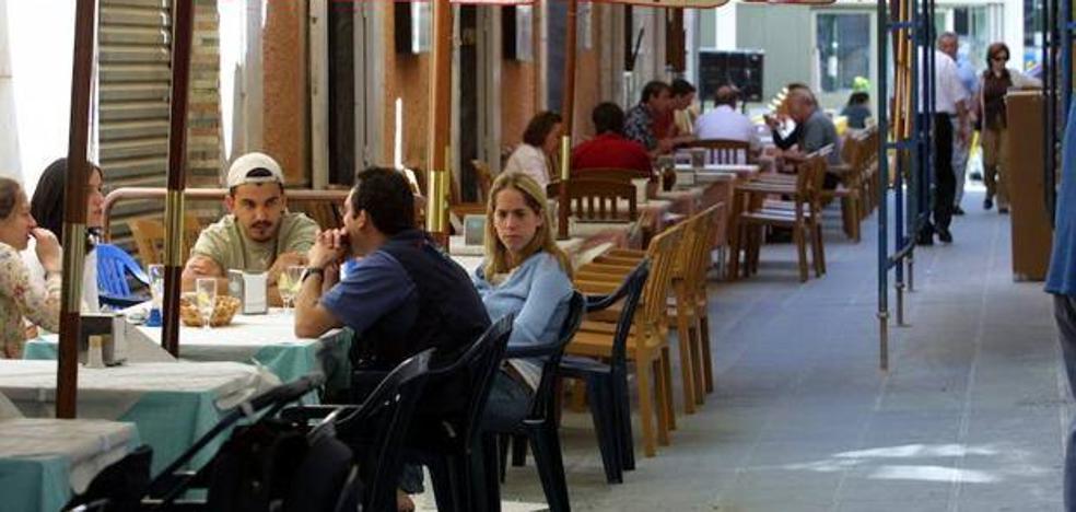 Los hosteleros de la capital tendrán una hora más de cierre durante la Navidad