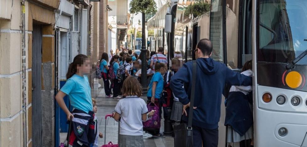 Tráfico sanciona en una semana a más de medio centenar de autobuses escolares