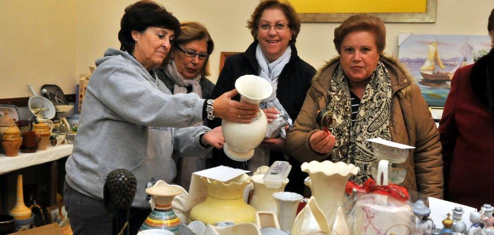 La parroquia Sagrado Corazón organiza su tradicional mercadillo solidario