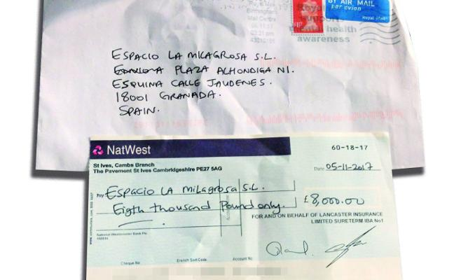 Tratan de estafar hasta seis mil euros con cheques sin fondos a varios restaurantes de Granada