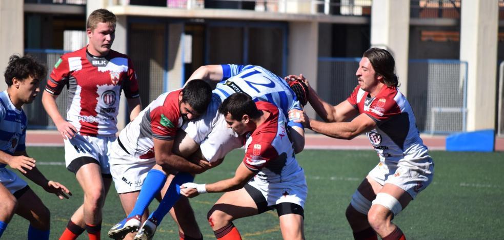 El líder saca a Unión Rugby Almería del partido 'a patadas'