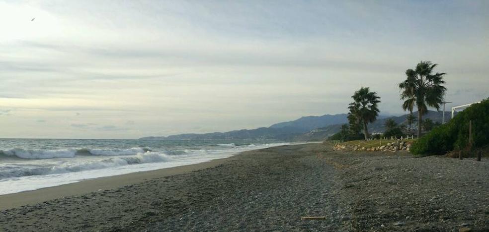 La Costa aguarda la llegada de 'Ana', que puede levantar olas de casi tres metros