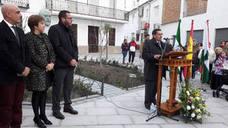 Fuente Vaqueros inaugura su nueva Plaza Doctor Pareja