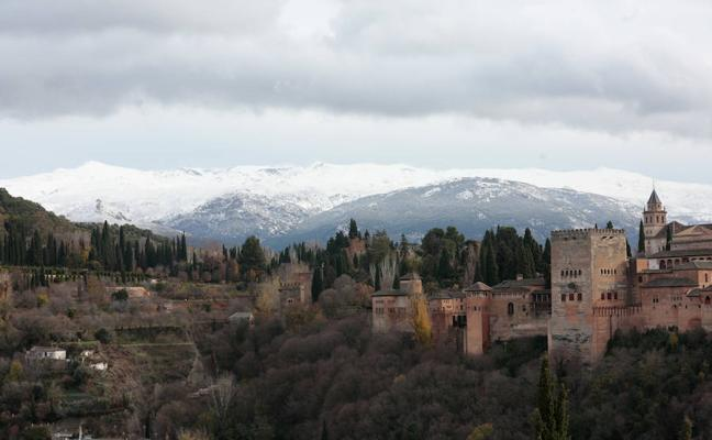 Granada recupera su estampa de lujo tras las incidencias de 'Ana'