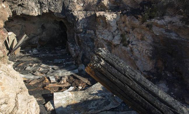 Condenados los menores acusados por el incendio mortal en la casa-cueva de La Molineta