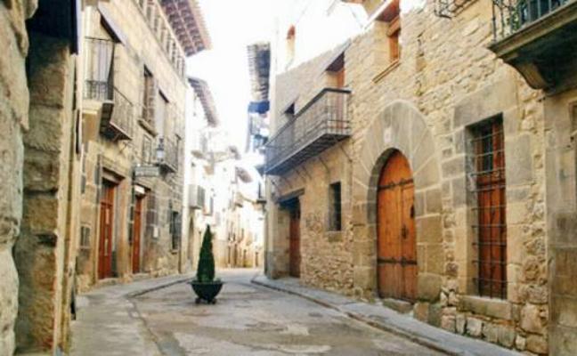 La lucha del 'pueblo más bello y bueno' de España por no quedarse vacío