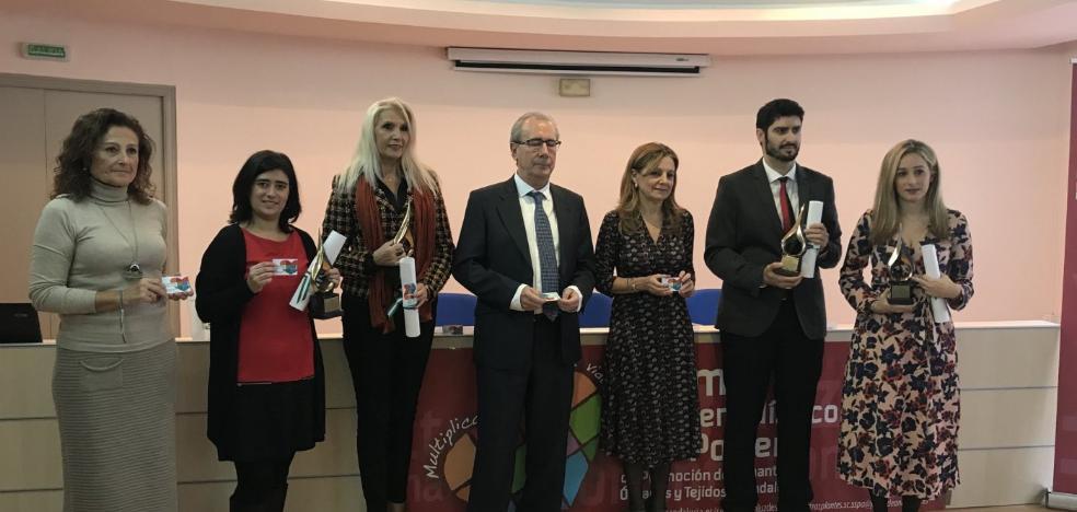 El periodista de IDEAL Miguel Ángel Contreras recibe el premio Luis Portero de Periodismo