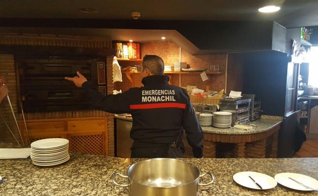 Los sindicatos alertan de la falta de una dotación estable de bomberos en Sierra Nevada