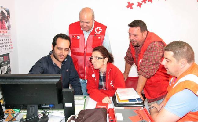 Cruz Roja lanza una campaña para captar más voluntarios tras atender urgencias de unas 8.000 personas
