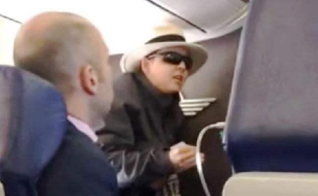 """Histeria en el avión: """"Les voy a matar a todos"""""""