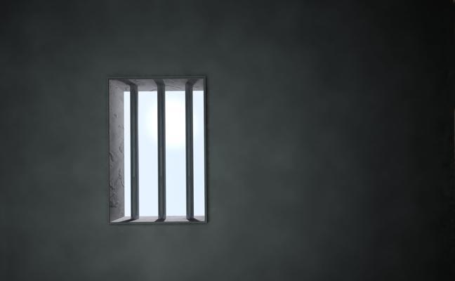 Arrestan a un maltratador con tres órdenes de ingreso en prisión