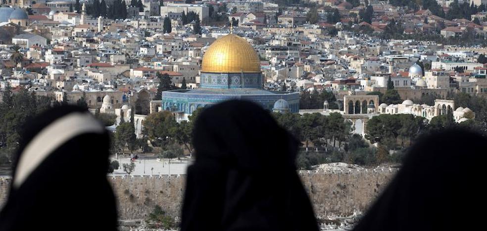 Facua denuncia a una agencia de Granada por ofertar viajes a Israel sin especificar que pasan por Palestina