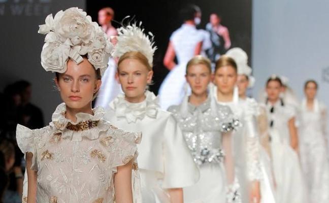 Tocados 'de moda' de Serón a Japón, pasando por Almería