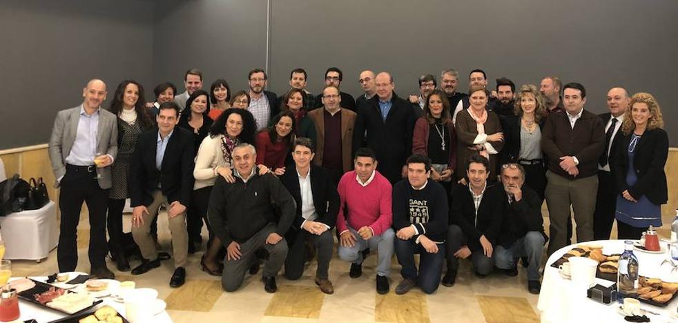 """El alcalde de Jaén apunta que los chequeos sobre el tranvía """"invitan"""" a ser """"optimista"""" sobre su puesta en marcha"""