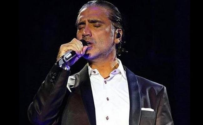 Alejandro Fernández, borracho en pleno concierto