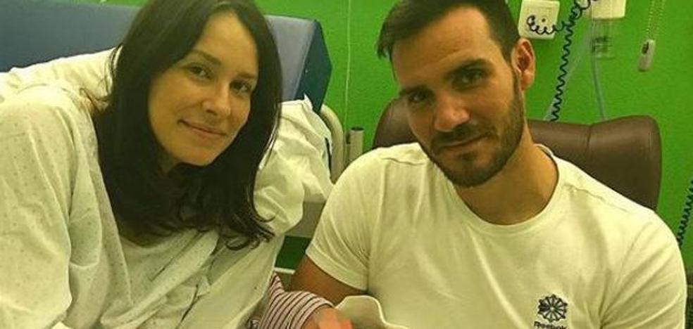 La foto de Saúl Craviotto con su hija recién nacida que enamora a Instagram