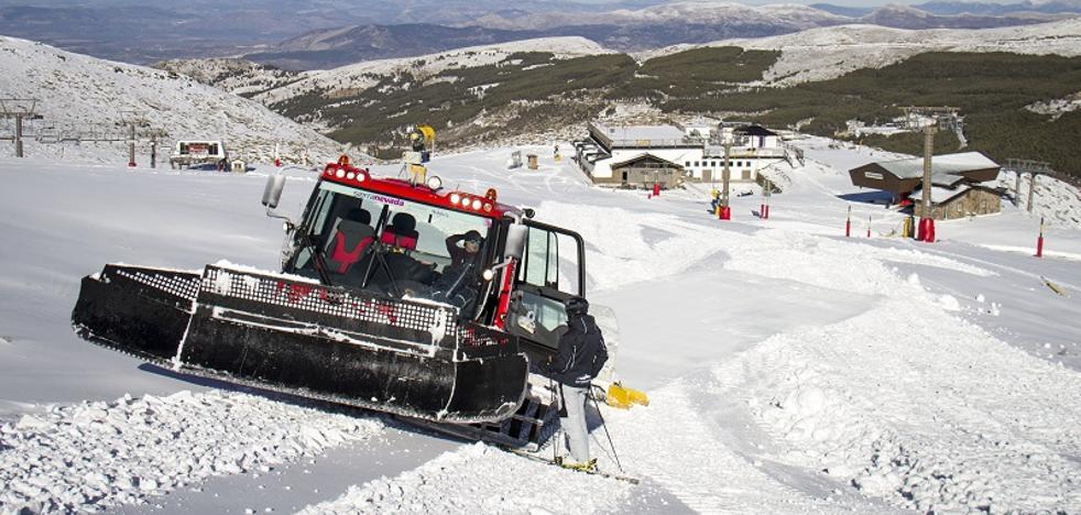Sierra Nevada alcanza este viernes 44 kilómetros de pistas, la mayor oferta de la temporada