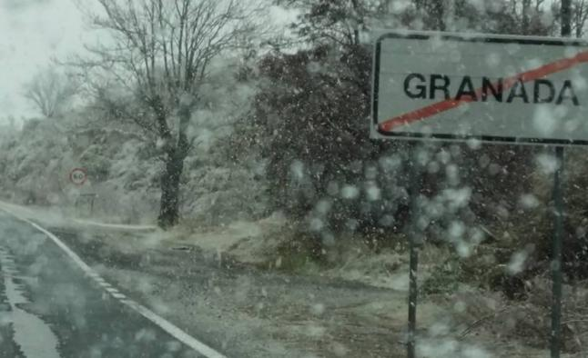 Viernes en Granada: lluvia, nieve y algo más de calor