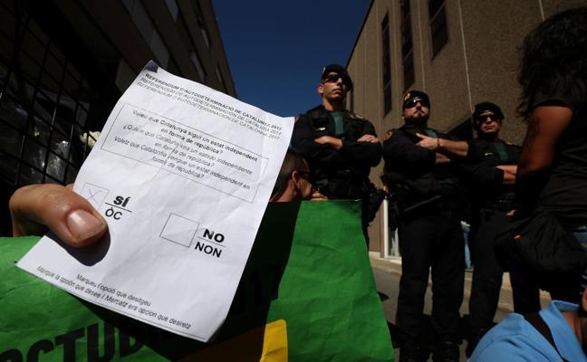 La Guardia Civil detiene al director general de Unipost por su vinculación con el 1-O