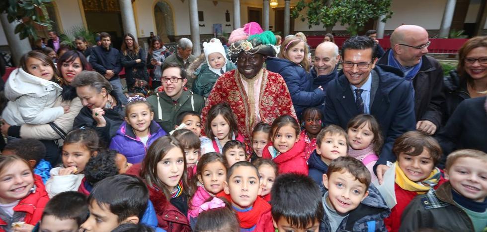 El Cartero Real anuncia la llegada de la Navidad