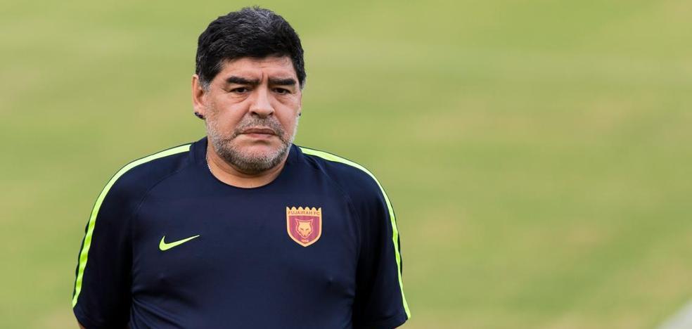 La extraña estatua de Maradona que hace reír a las redes y desconcierta al 'Pelusa'