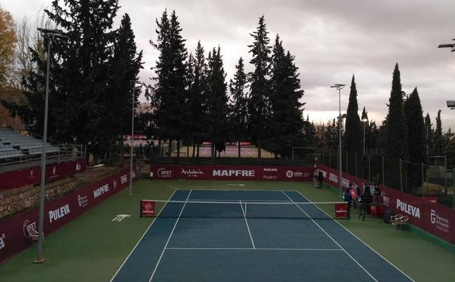 Los cuartos de final del campeonato nacional de tenis en Granada se retrasan y peligran